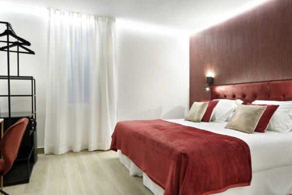 habitacion-doble-margarita-pension-luxury-ama-bilbao