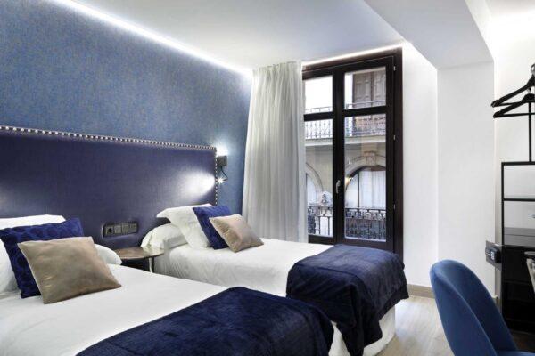habitacion-doble-mariangeles-pension-luxury-ama-bilbao