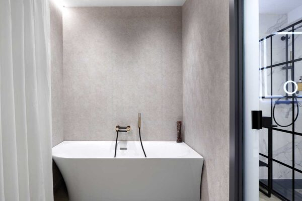 habitacion-individual-lydie-pila-pension-luxury-ama-bilbao